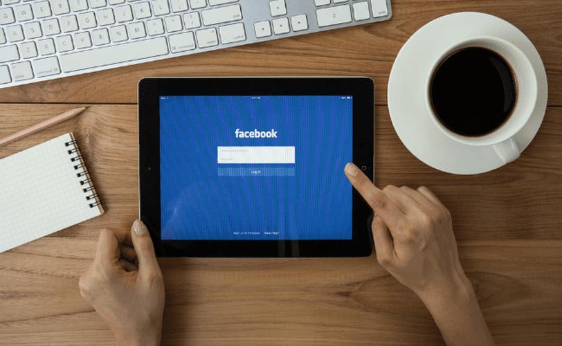 b2b con facebook